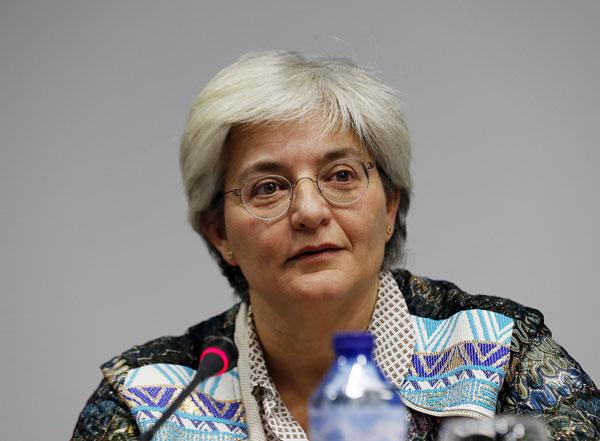 Primer plano de la autora del libro Mujer, discriminación y deporte, María José López González